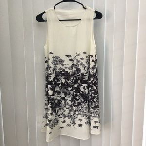 Adorable Watercolor Shift Dress Size S